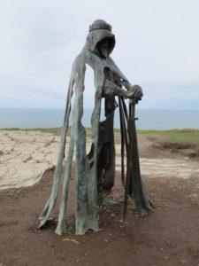 Artúr király szobra Tintagelben